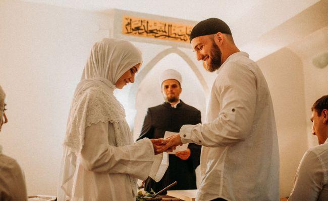 Šerijatsko vjenčanje Armina i Sare