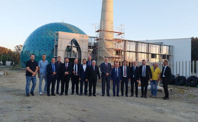 Gradilište IKC-a Sisak i MIZ Sisak posjetila delegacija IZ-e Sj.Makedonije na čelu sa reis-ul-ulemom