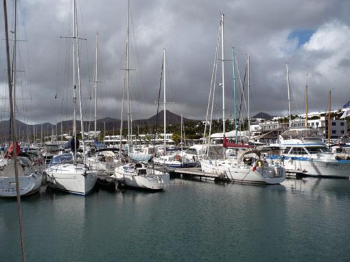dunkle Wolken über Puerto Calero