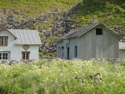 De verlaten school van Måstad
