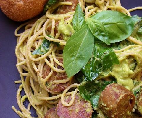 Pasta in Fresh Basil Green Sauce