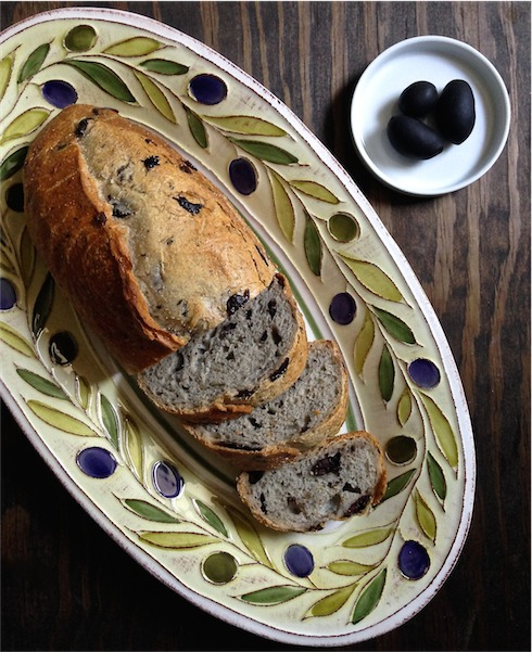 Black Olive Rosemary Bread Meettheshannonsollive Rosemarybread