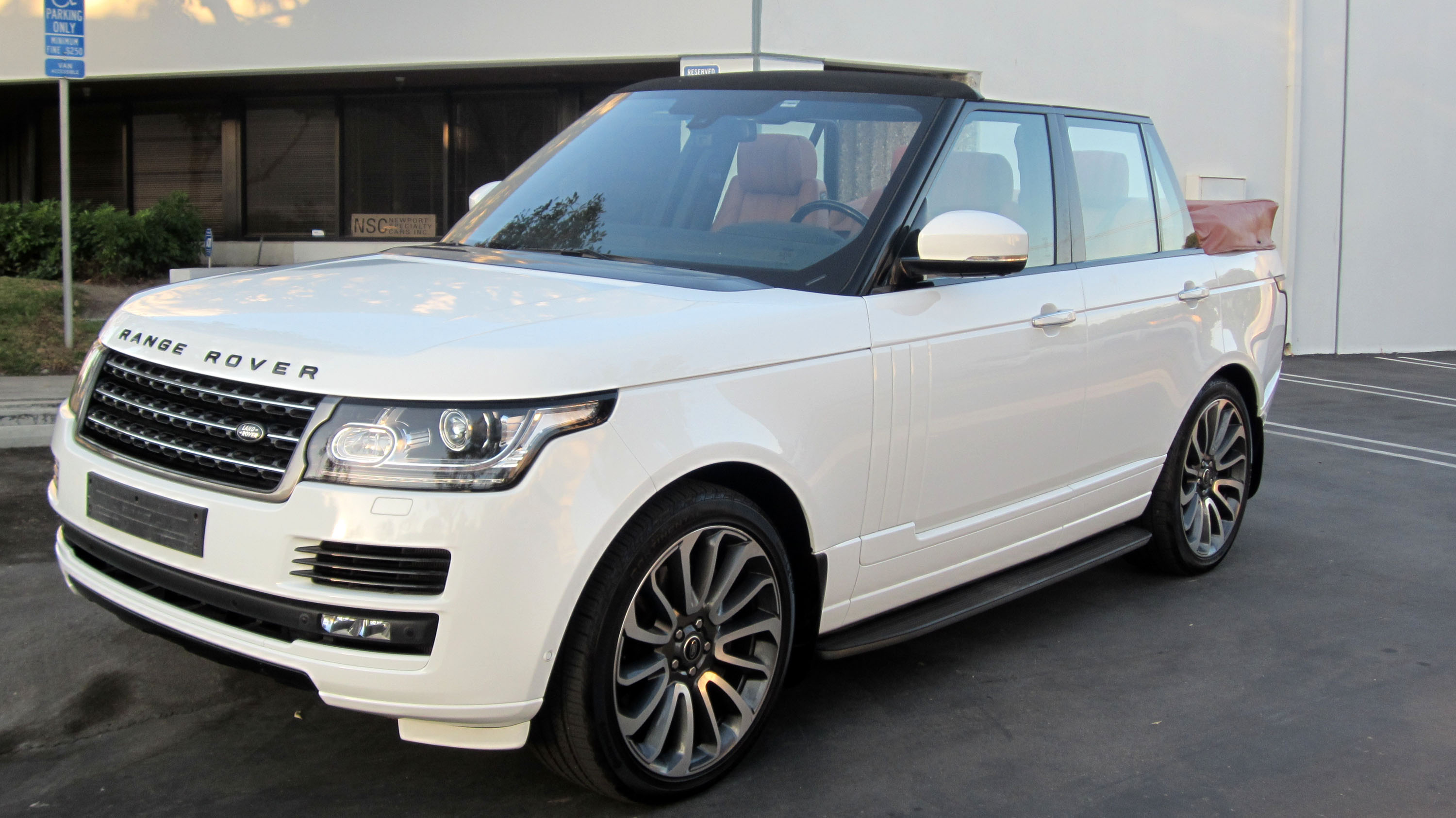 range rover convertible mega. Black Bedroom Furniture Sets. Home Design Ideas