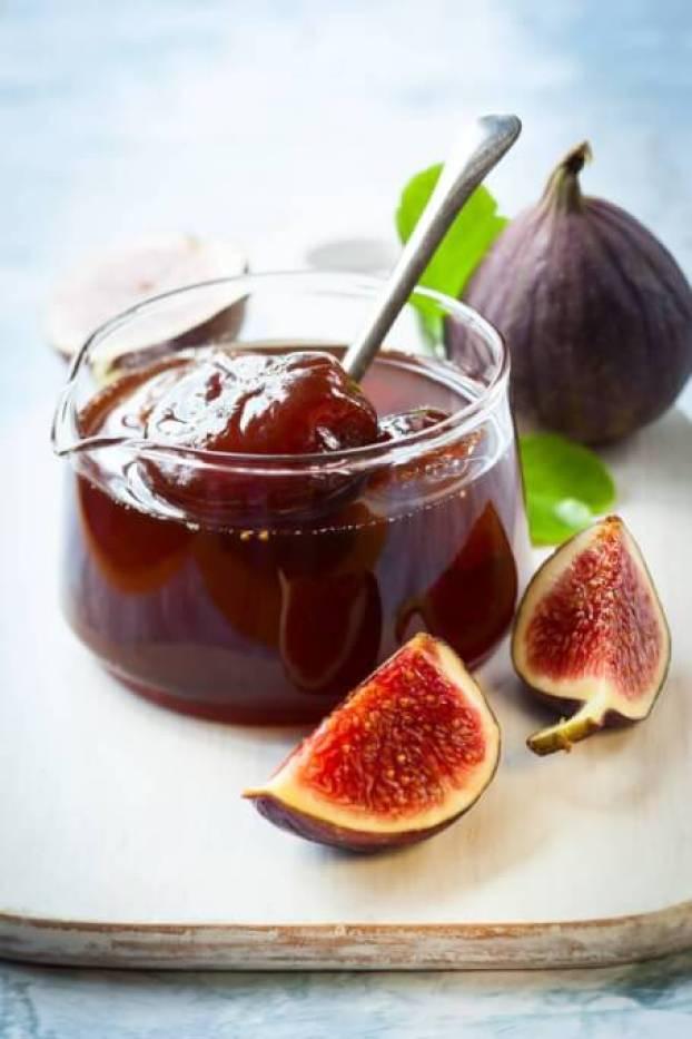 A simple fig jam-Megalopreneur