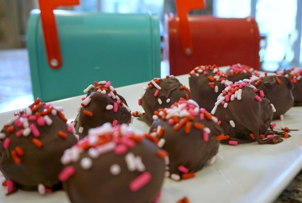 Oreo Truffles for Valentine's Day