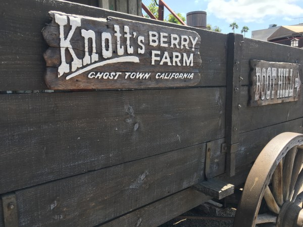 Knott's Berry Farm Ghost Town Alive summer 2017 review!