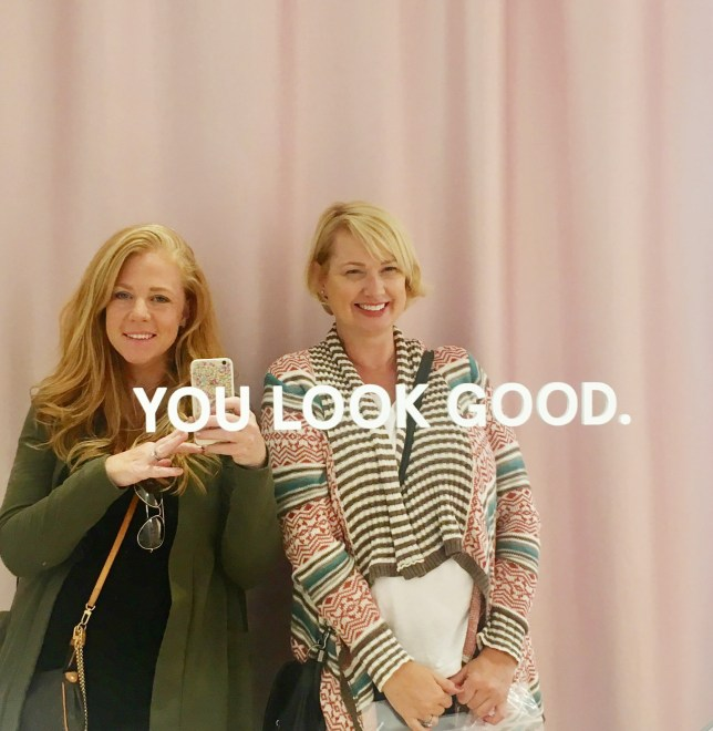 Do you like a simple and natural makeup look? Bare minimum but put together is how you feel best? See what we discovered at New York's Glossier Showroom.