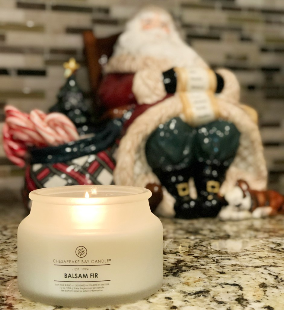 Holiday Home Tour - How we decorate our home for the holidays