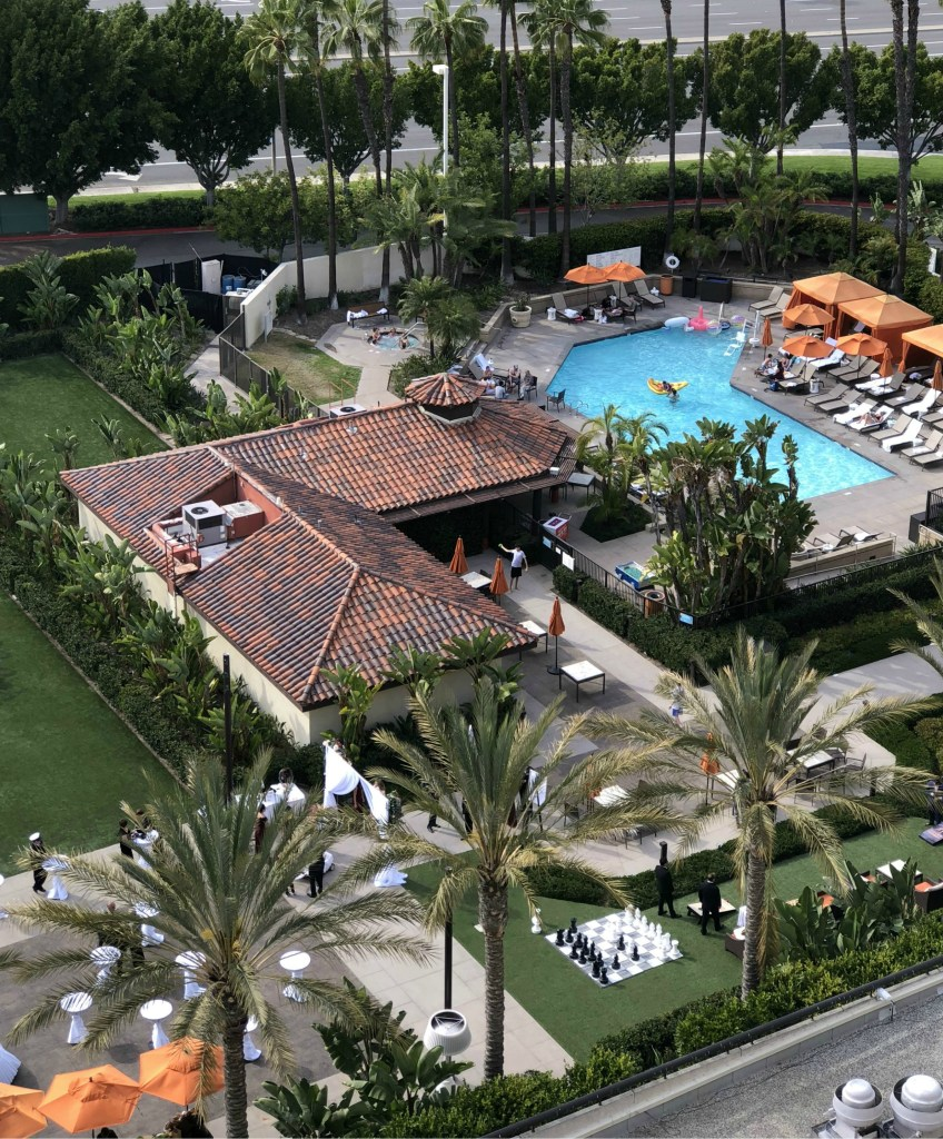 Wondering where to stay on a visit to Orange County? We've got the perfect recommendation in Hotel Irvine - LIfestyle hotel in the heart of Orange County.