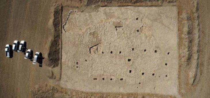 Un site d'habitat majeur de la fin de la Préhistoire en cours de fouille à Charmé