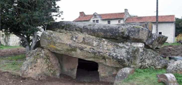 La place des morts chez les vivants. Architectures, Mémoires et Rituels, de la fin du Mésolithique à l'âge du Bronze