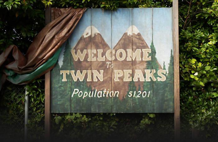 twin-peaks-sign-1024x669 (1)