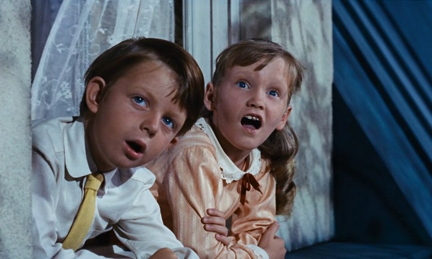 Mary-Poppins-1964-00-23-32