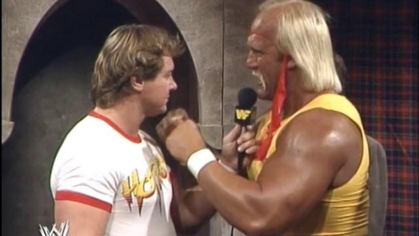 Hulk Hogan vs Rowdy Roddy Piper