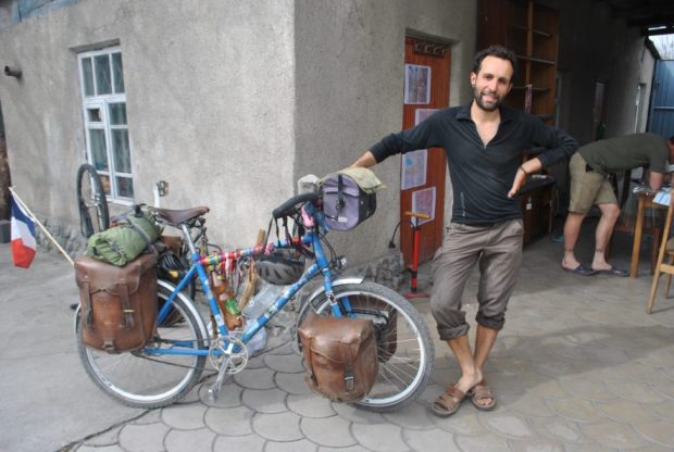 Look at Christoph and his exquisite leather panniers - he made them himself in France!