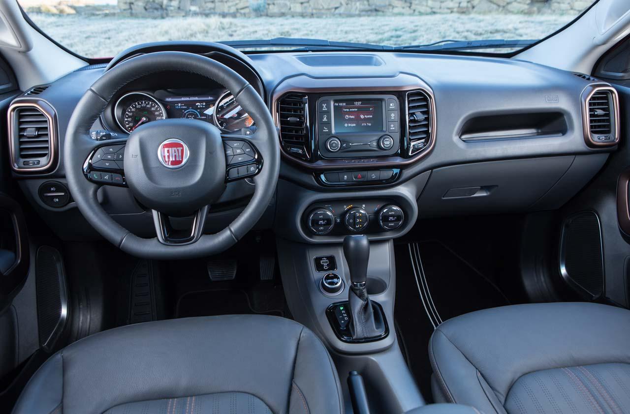 Interior Fiat Toro