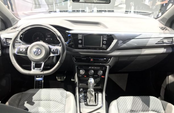 Interior Volkswagen Tharu R-Line