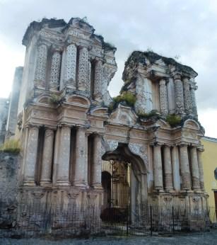 mas antiguenan ruinas