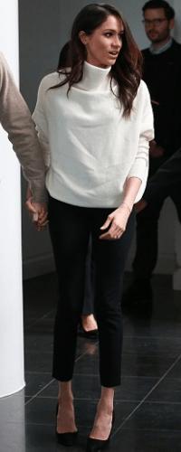 """Résultat de recherche d'images pour """"meghan markle black pants"""""""