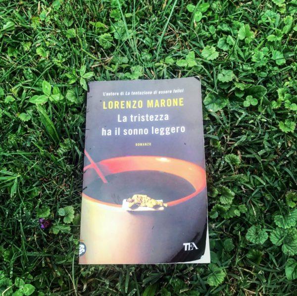 La tristezza ha il sonno leggero libro di Lorenzo Marone