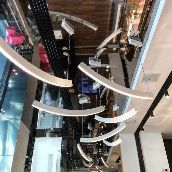 soffitto della pasticceria di massari a milano