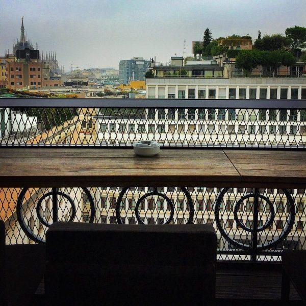 il rooftop della terrazza 12 a milano per l'aperitivo