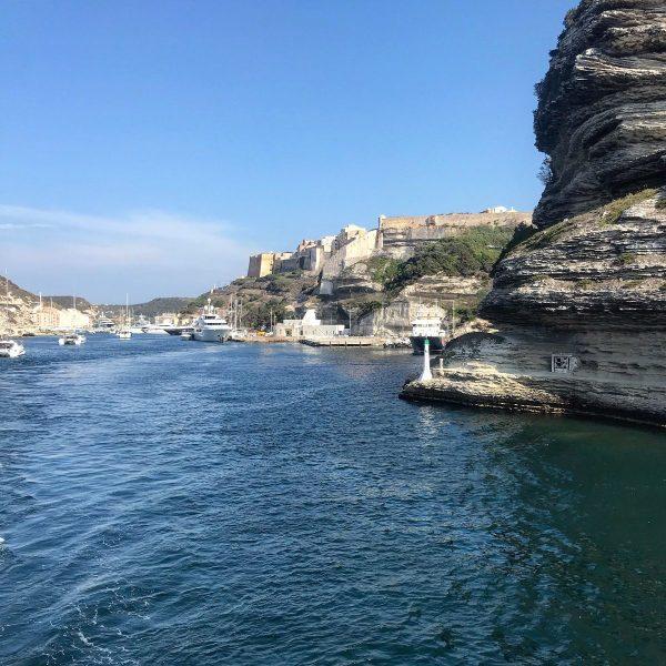 Entrata in porto a Bonifacio Corsica