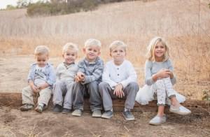Wallace Family; Fall photo shoot; canyon; five kids
