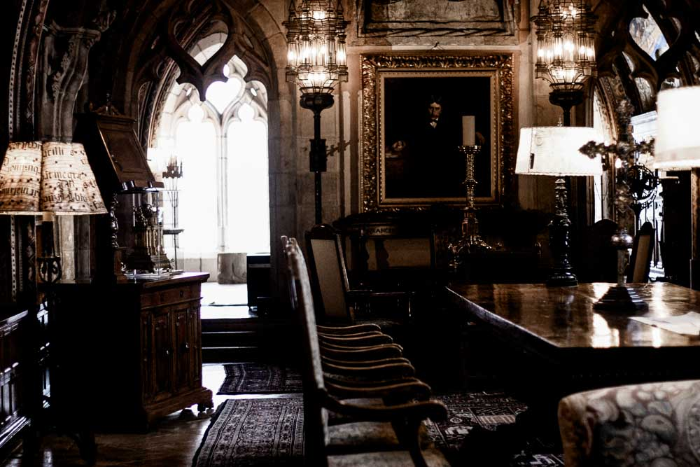 central coast getaway; meg marie wallace; heurst castle