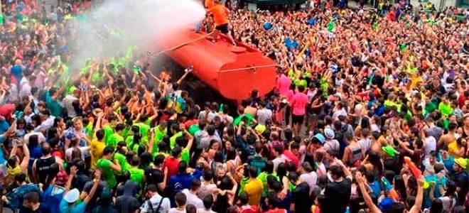 Fiesta del Agua, la batalla más refrescante del verano