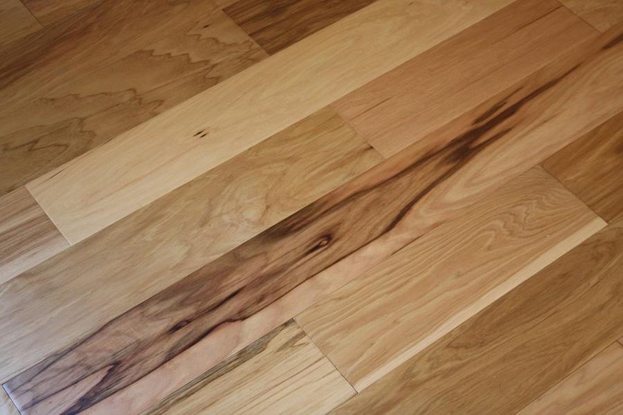 lantai vinyl motif kayu dari meigan flooring