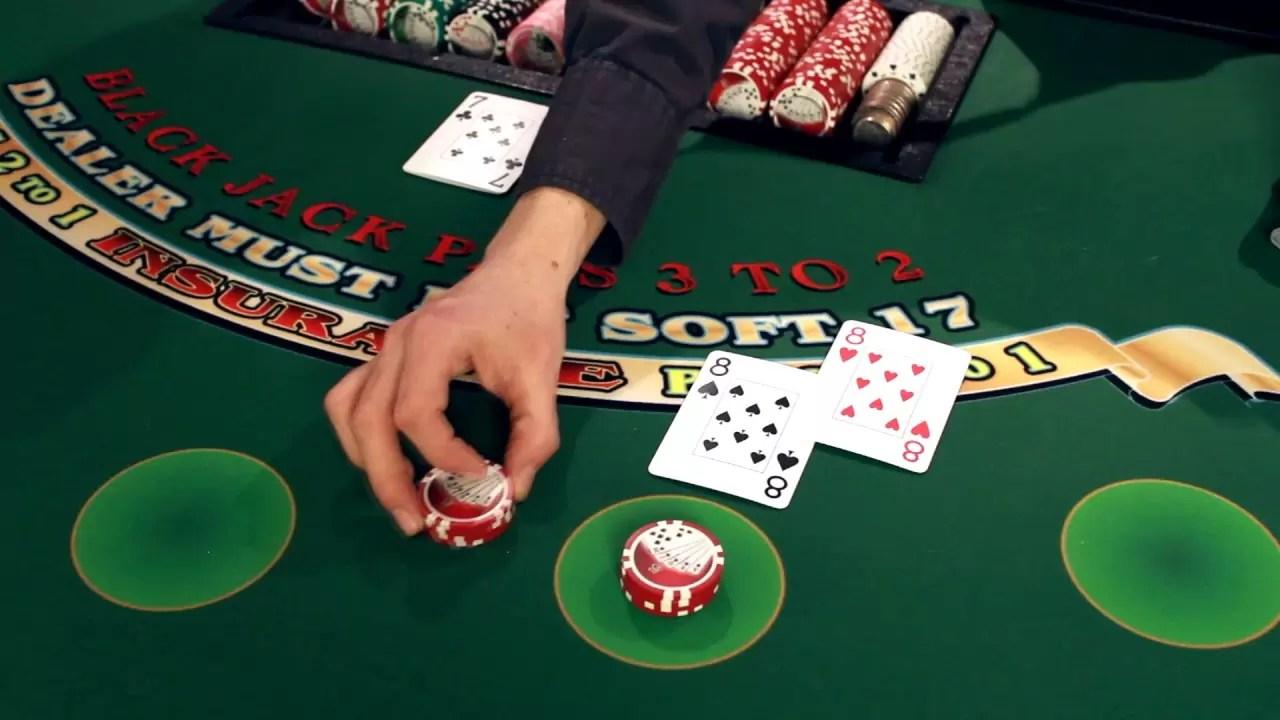 Comprendre la stratégie de base au blackjack