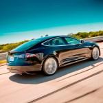 Das Topmodell mit 480 Kilometern Reichweite wird 77.000 US-Dollar kosten.Bildquelle: Tesla Motors