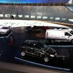 Vorne ist das Wasserstoffauto F-Cell, der weiße Transporter ist der Vito E-Cell.