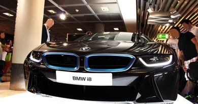 Plug-In Hybridauto BMW i8 in Frankfurt am Main