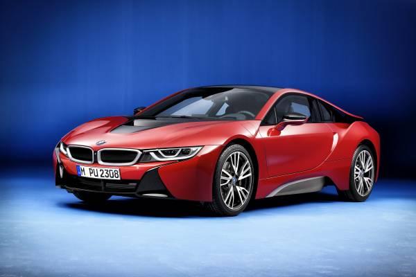 Der neue BMW i8 Protonic Red Edition (02/2016). Bildquelle: BMW