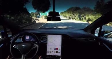 Die Autopilotfunktion des Elektroauto Tesla Model S wird noch besser. Bildquelle: Tesla Motors