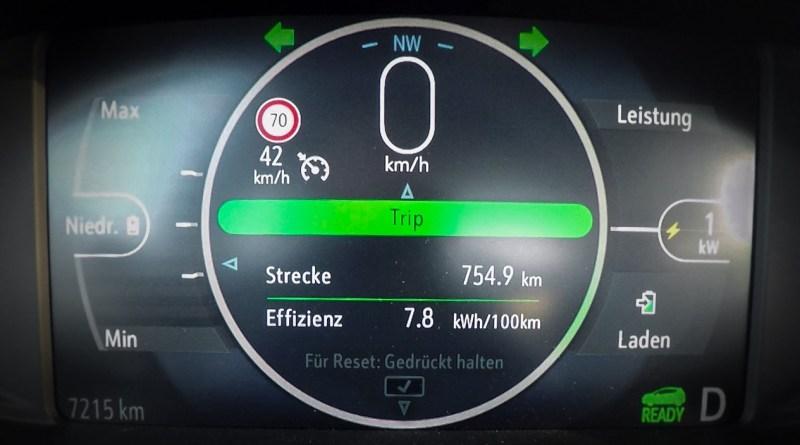 Rekordfahrt mit dem Opel Ampera-e: Exakt 754,9 Kilometer mit nur einer Batterieladung – einsame Spitze. Bildquelle: Opel