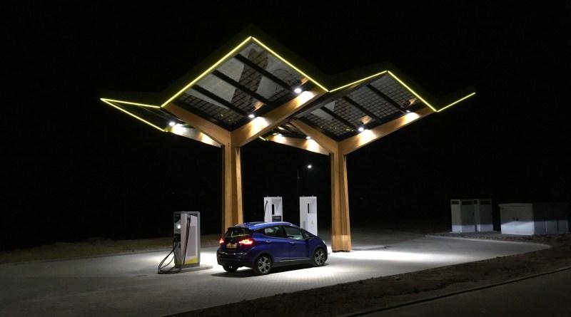 So sieht die Schnellladestation für Elektroautos in Schmidgarden aus. Bildquelle: Fastned