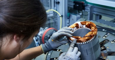 BMW Group Werk Dingolfing - Produktion des Elektromotors. Bildquelle: BMW Group