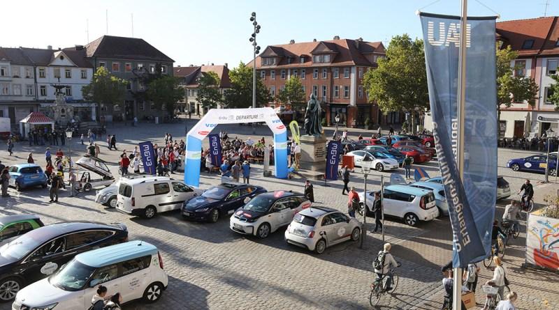 DRIVE-E-Akademie 2019 / Zieleinfahrt und Preisverleihung WAVE Germany 2019 am Schlossplatz in Erlangen Foto: Kurt Fuchs/ Fraunhofer IISB