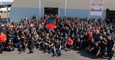 Eine Millionstes Elektroauto von Tesla. Bei dem Jubiläumsmodell handelt es sich um das Elektroauto Tesla Model Y, Bildquelle: Tesla / Elon Musk