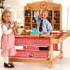 Kaufladen mit Kindern