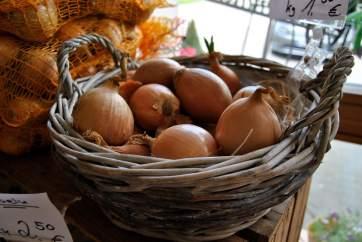 Auch die Zwiebeln kommen aus der Region