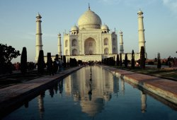 Morgentliche Stille im Taj Mahal