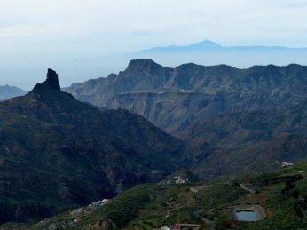 3 berühmte Bergspitzen auf 2 Inseln!