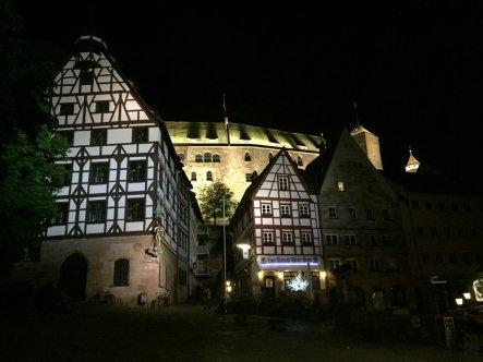 Dürerhaus bei Nacht