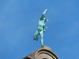 Merkur bewacht die Nürnberger Händler