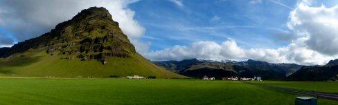 Friedliche Landschaft im Süden - Island