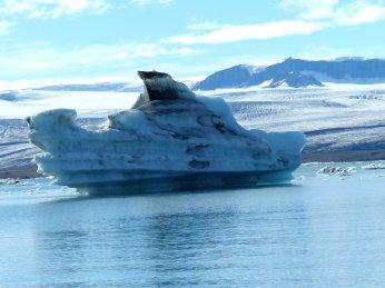 Schiff aus Eis - Island